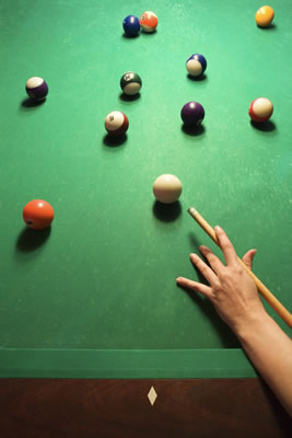 billiard-player-poised.jpg