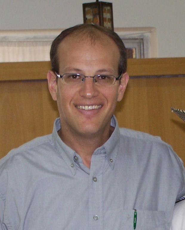 Rabbi Tzvi Graetz