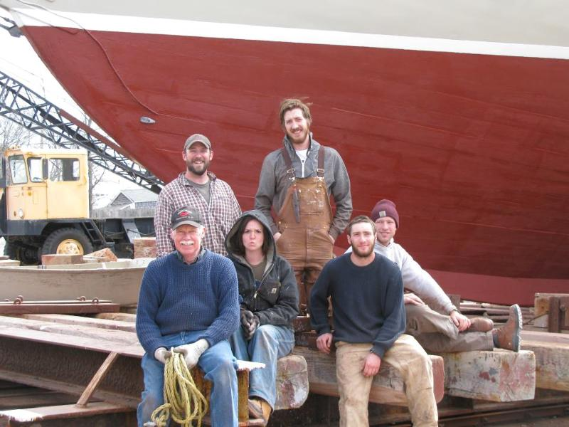2012 American Eagle Outfitting Crew