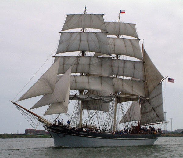 ELISSA off Pelican Island