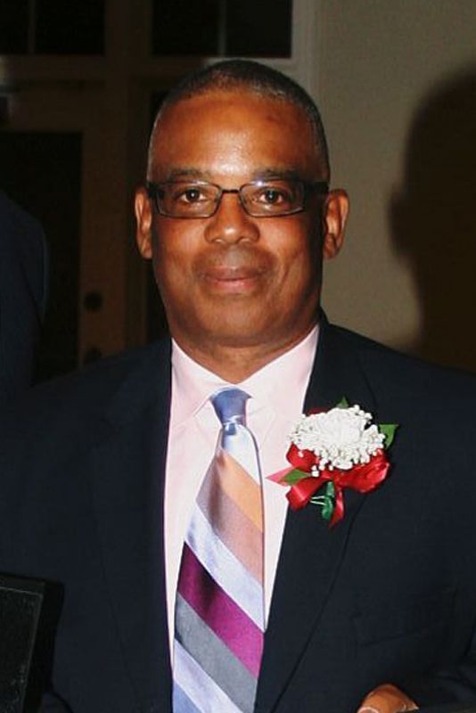 Dwight Robinson receives his JHS 2012 Hall of Fame Award