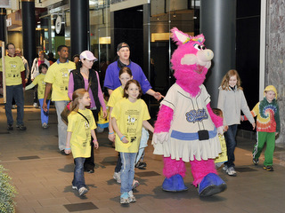 Mudonna walking at the Food Allergy Awareness Walk 2011
