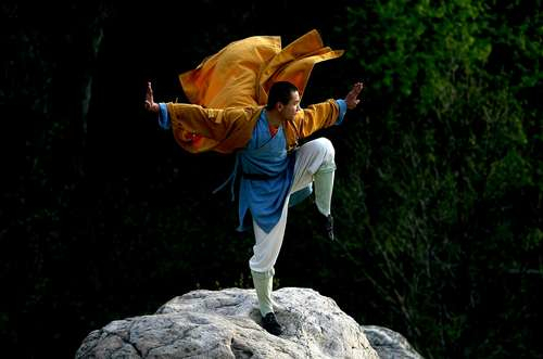 Monk Balance against the wind