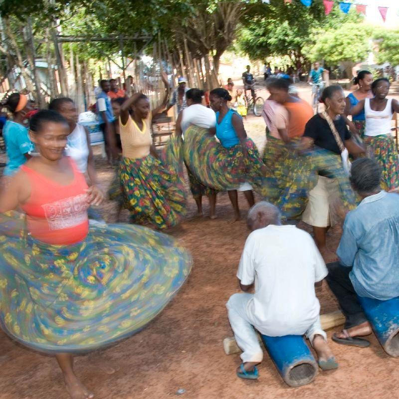 Tamboa Dancers