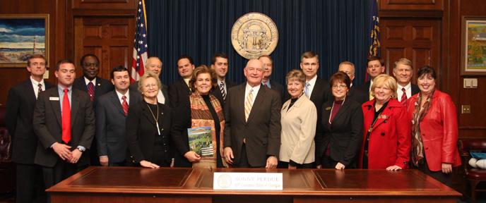 Camden County Atlanta Fly-In Representatives with Governor Sonny Perdue