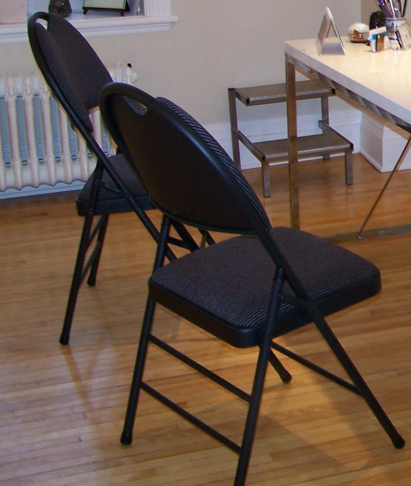 Mobilier pour centre de sant a vendre for Chaise de bureau costco