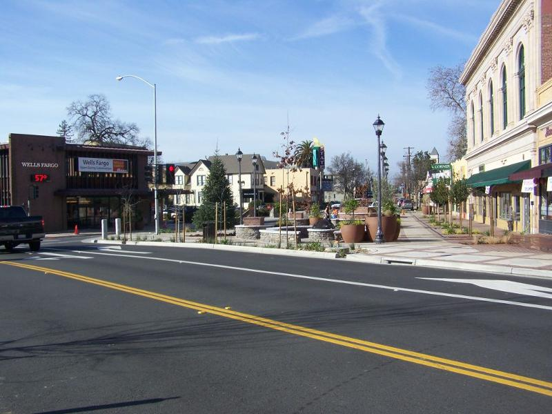 auburn streetscape