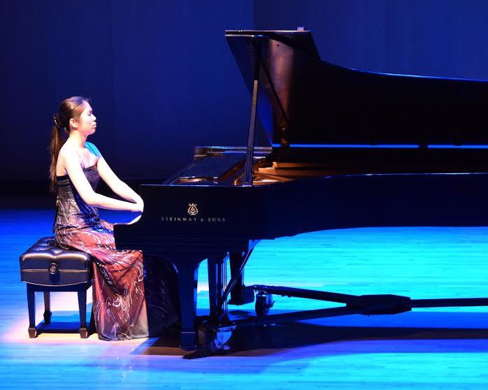 Anna Han, Pianist