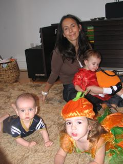 Mirella Reilly and Little Ones