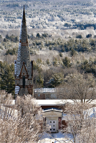 Mead w Steeple Winter