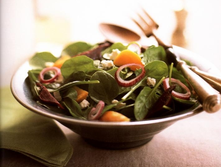 Spinach Salad with Roasted Beets and Feta