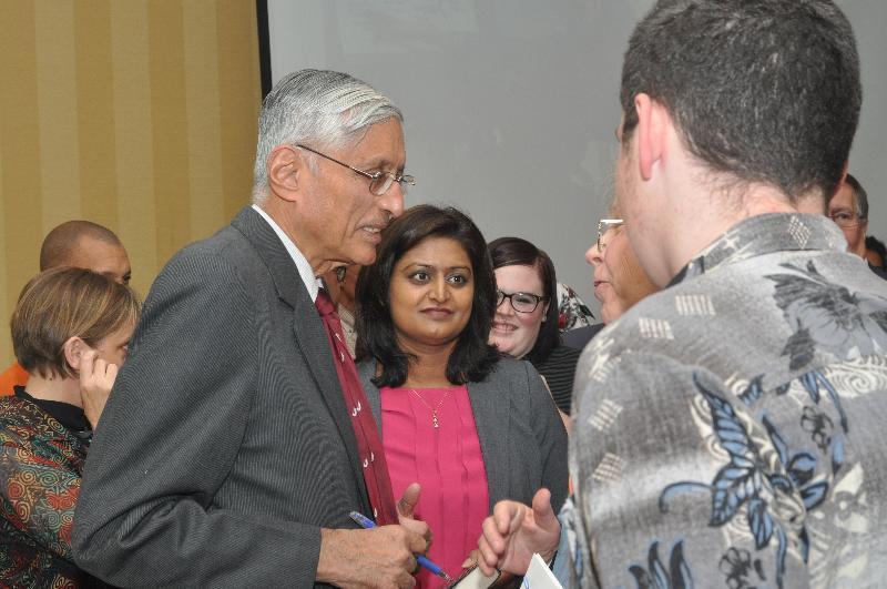 Rajmohan Gandhi with students
