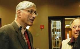 Rajmohan Gandhi at the University of Missouri