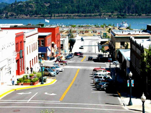 downtown hood river