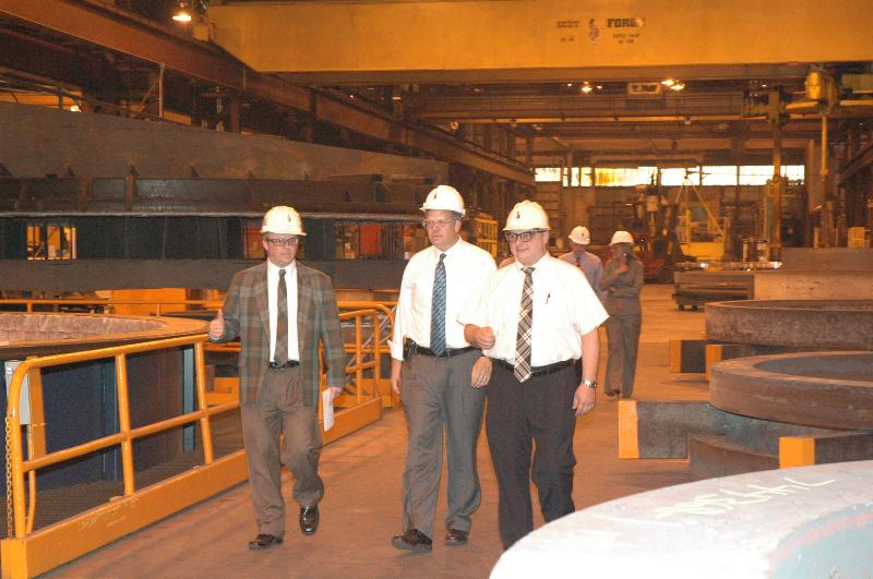 Congressman Hultgren and President/CEO John Cain, and Senior Account Manager for Specialty Alloy Services Jason Artner