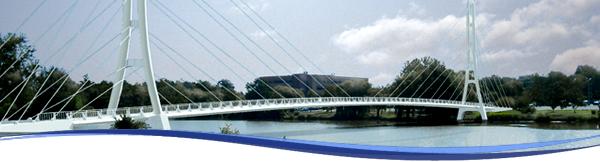 Venderly bridge in the summertime