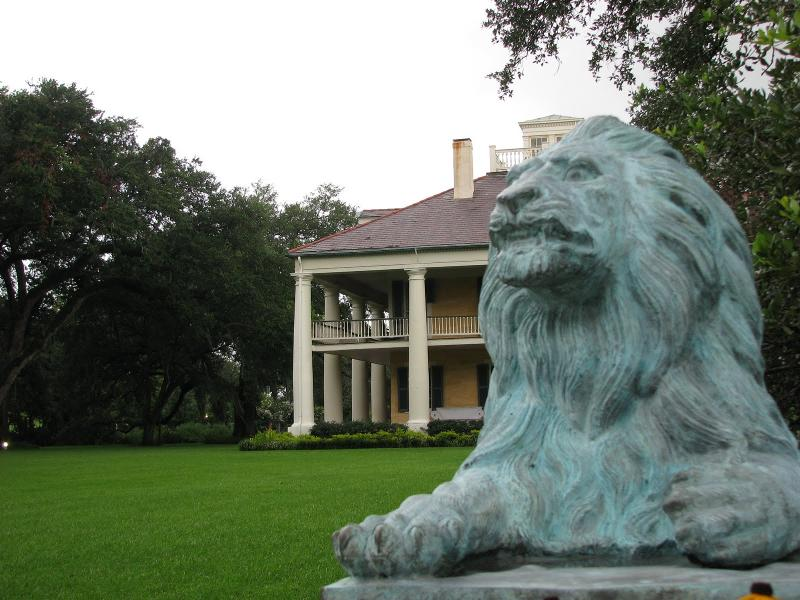 Lion Statue and HH