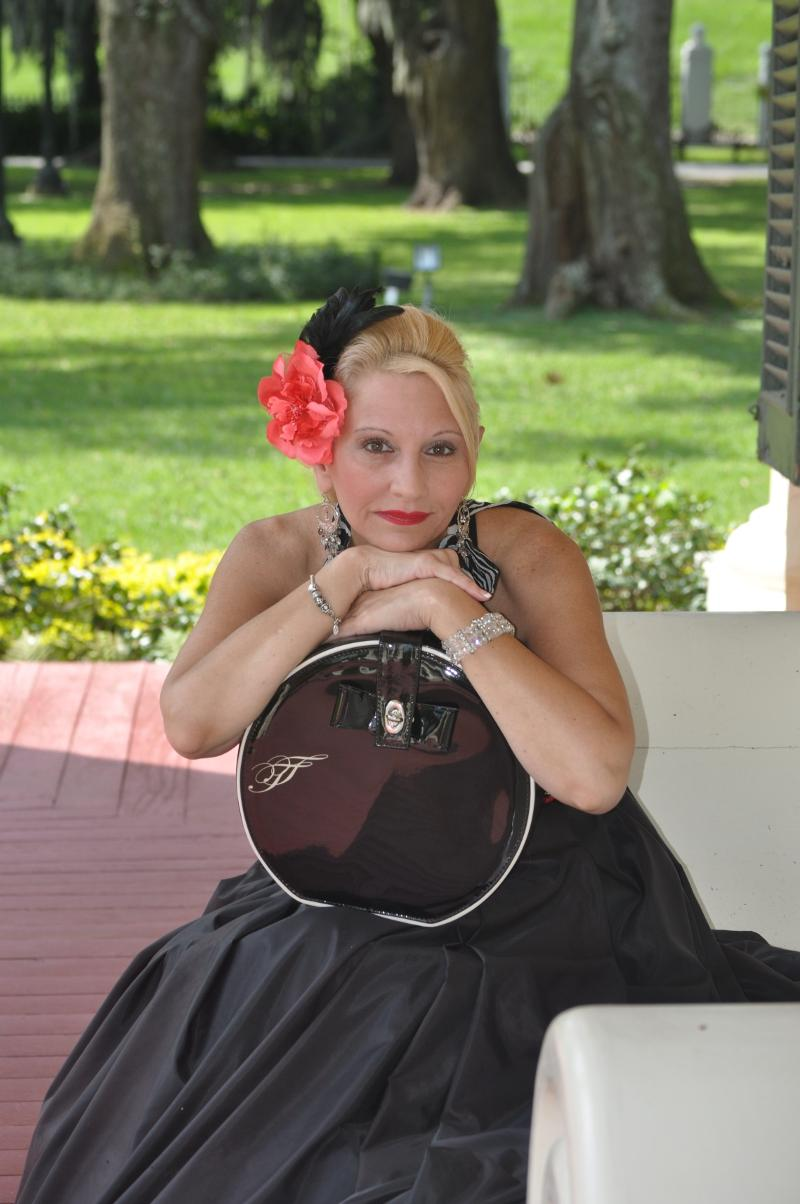 Southern Belle with tool set