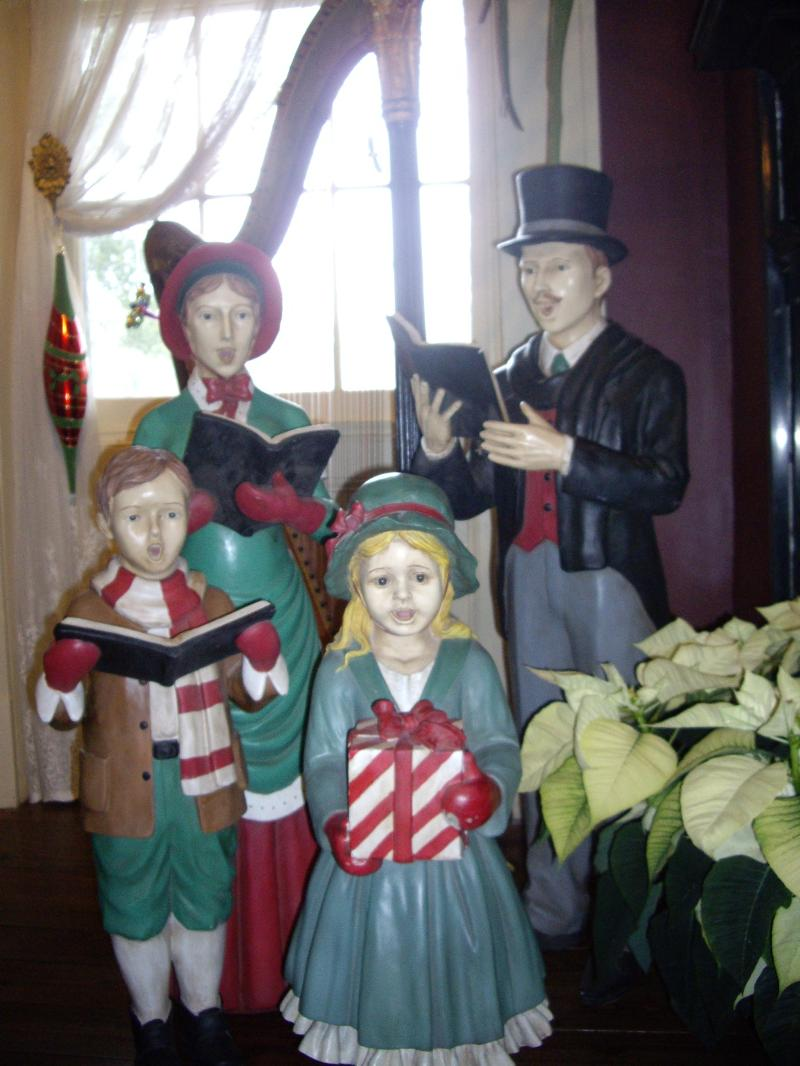 antique carollers
