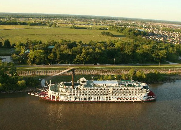 American Queen Docked At Houmas House