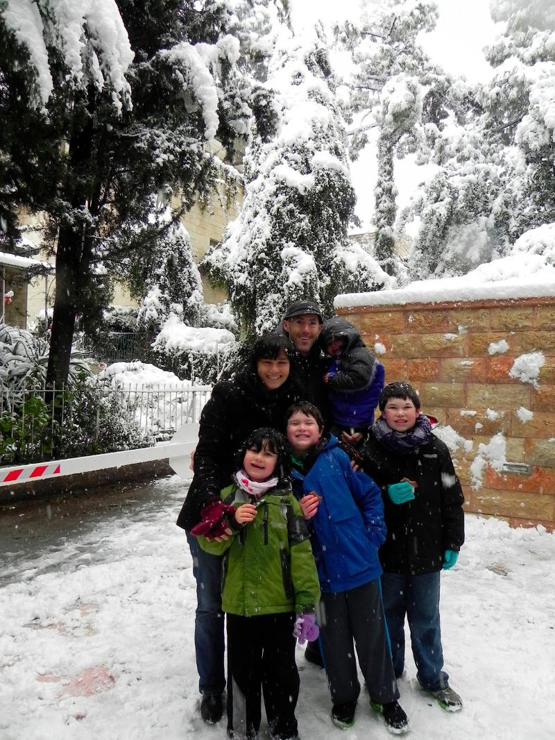 Rabbi Mates-Muchin & family in the Jerusalem snow!