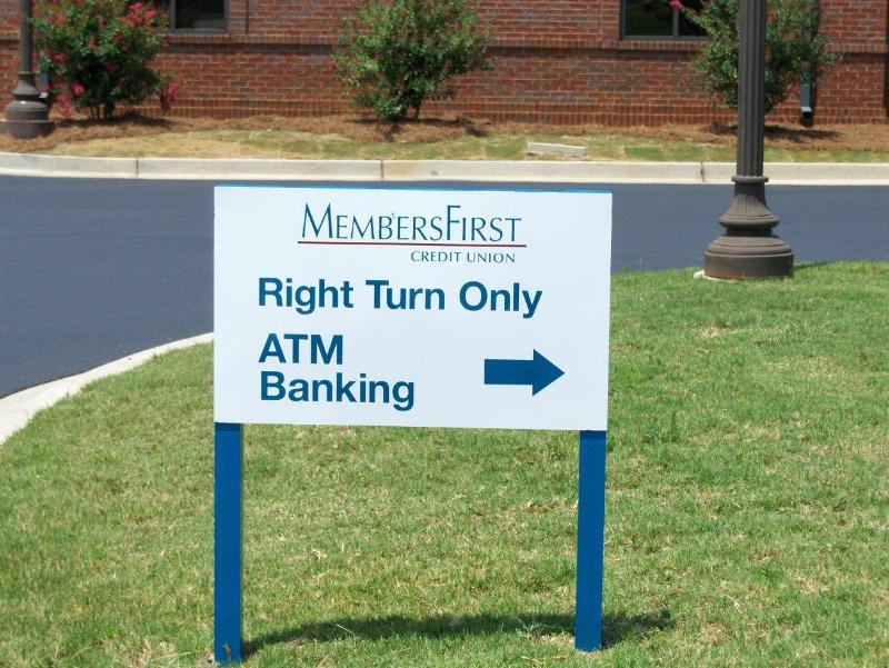 MembersFirst Directional Sign