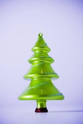 xmas-tree-orn.jpg