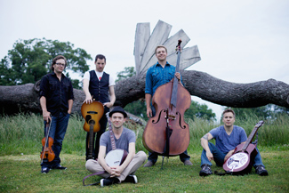 Imaginary Stringdusters