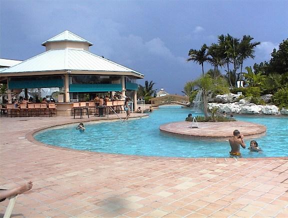 islandSeas-pool