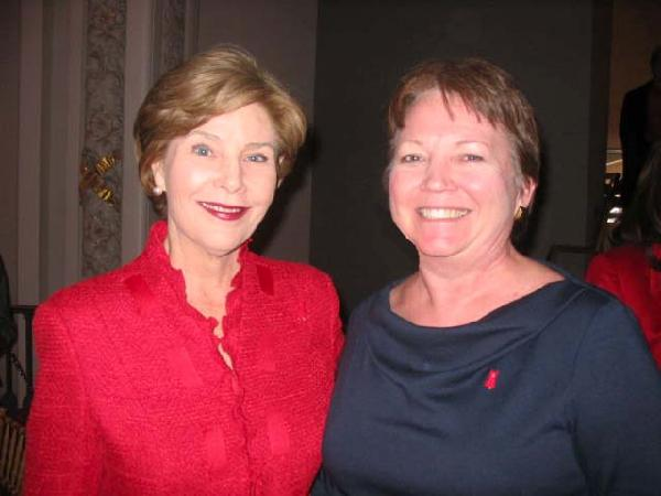 Bonnie and Laura Bush