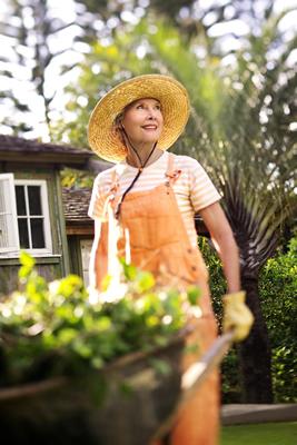 wheelbarrow-garden-woman.jpg