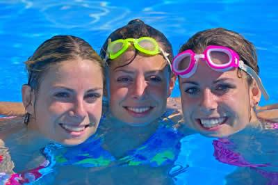 goggles-pool-girls.jpg