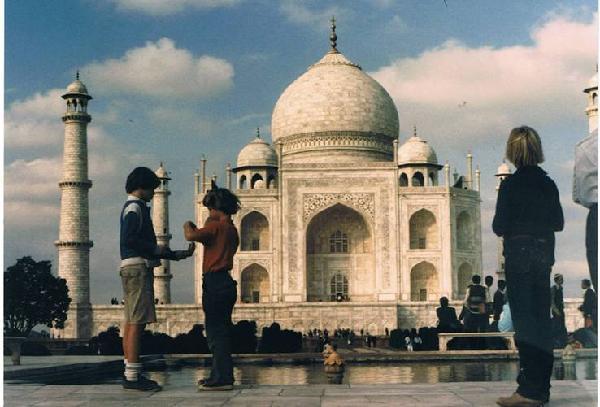 1978 Roe Boys at Taj Majal
