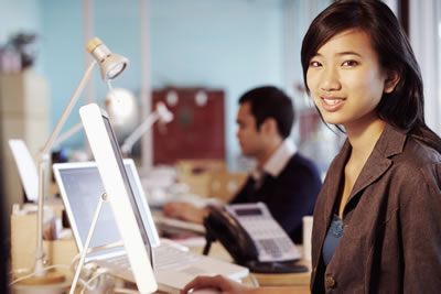headset-computers-woman.jpg