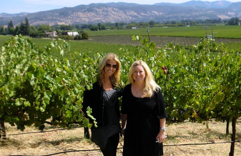 casey and emily in vineyard