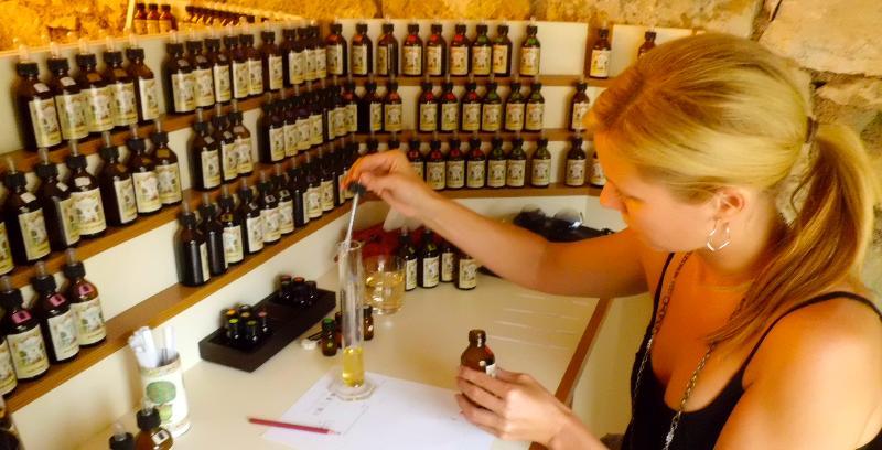 casey makes perfume