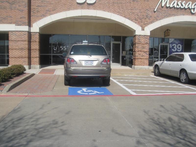 parking access aisle