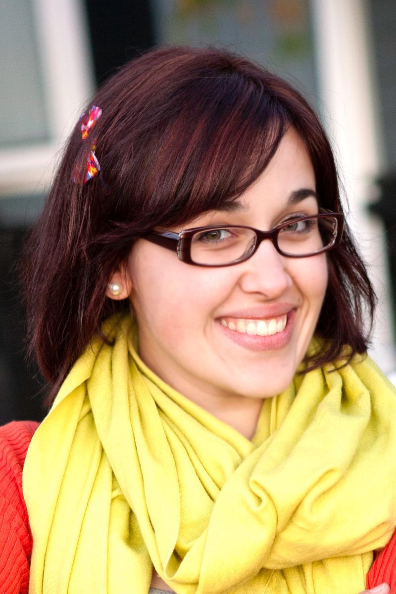 Marina L. Headshot