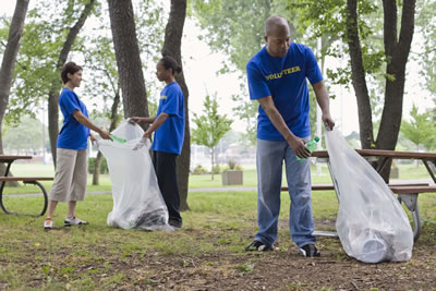 trash-cleanup-group.jpg