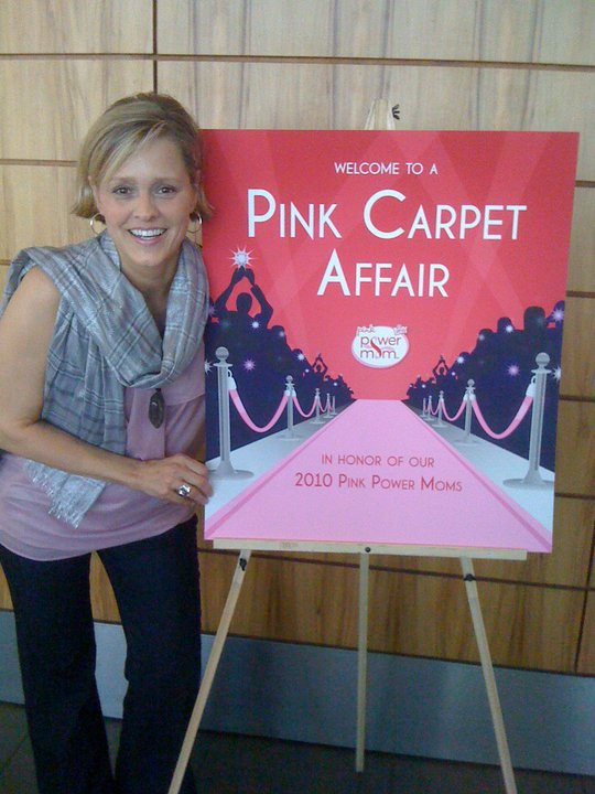 pink power mom pink carpet pic