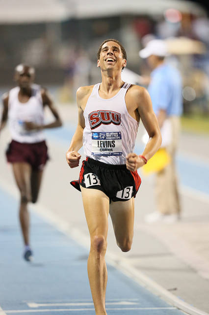 Cameron Levins winning the NCAA Men's 5k National Title. Photo courtesy Drake University