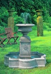 Palazzo Urn Fountain at Stone Garden