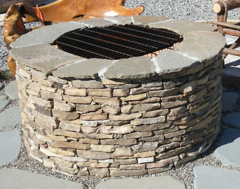 Firepit with firebrick interior
