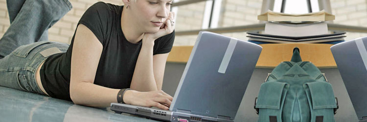 young-woman-laptop.jpg