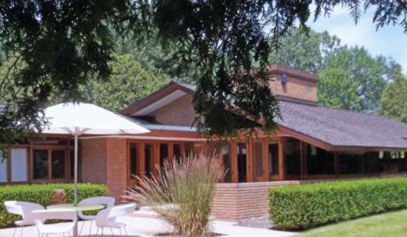 FLW House Photo