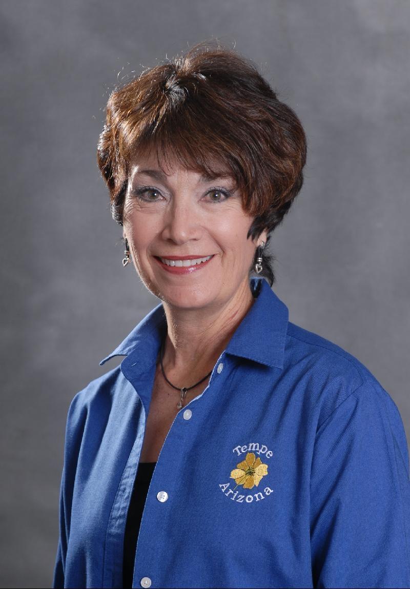 Stephanie Nowack