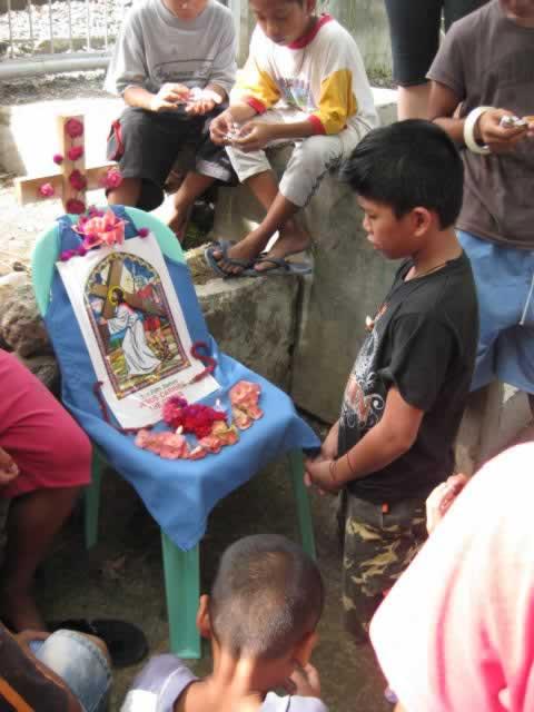 Philippine kids w Madonna