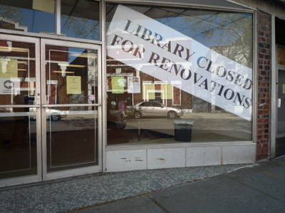 Howland Public Library Closed for Renovations Sign