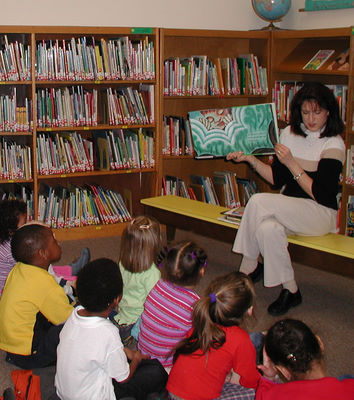 Howland Public Library Story Time