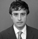 Reza Aslan in bw